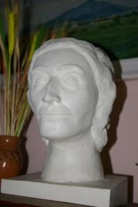 Rekonstrukcja głowy kobiety wykonana na podstawie czaszki z grobu w Strachowie sprzed ok. 3700 lat!